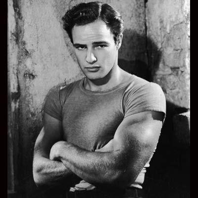 Bir zamanlar kaslı vücuduyla en aranan aktördü Marlon Brando.